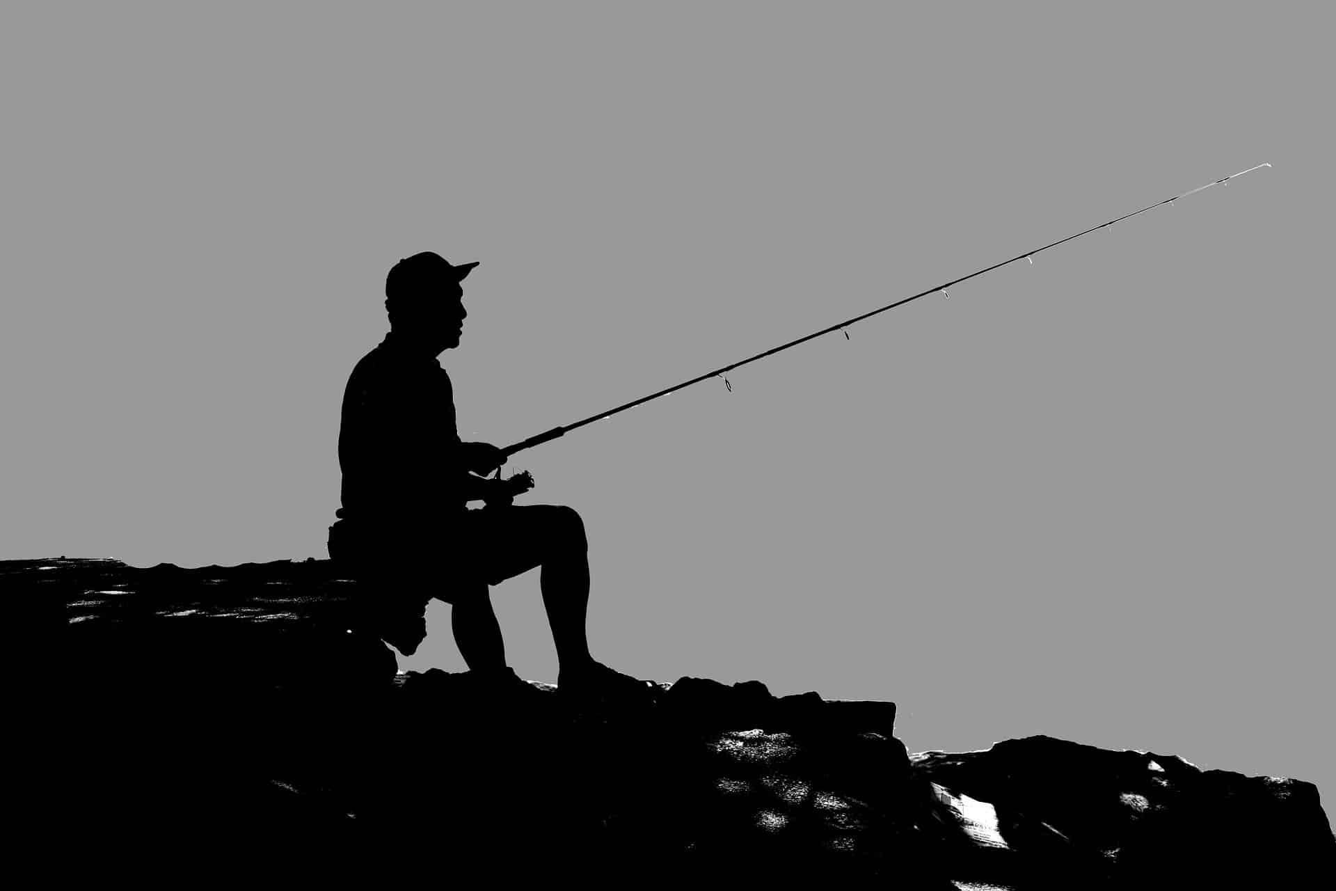 Angelschein Rendsburg - Mann beim Angeln